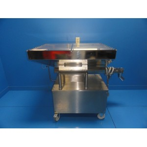 https://www.themedicka.com/102-939-thickbox/eugen-hensle-sfa-35-vibratory-conveyor-drive-w-mfs-168-controller-7512.jpg
